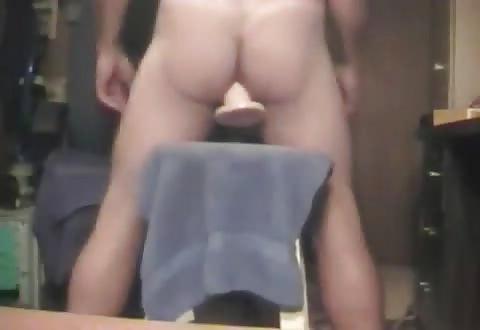 gay anus verslind vuist neplul