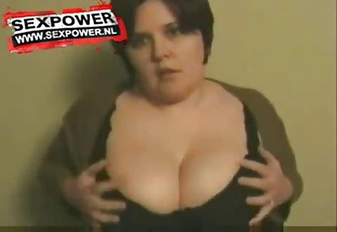 volslank figuur koplampen dikke borsten