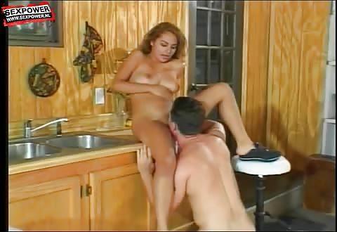 Sensueel spaanse sexbom gebeft en genaaid