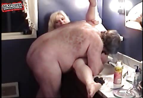 Voor het ketsen scheert hij haar big beautiful woman flamoes