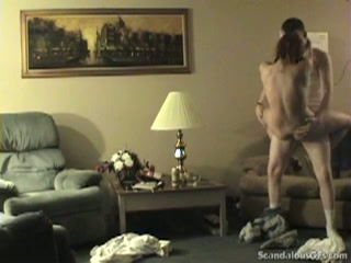 Geil stel is vergeten de webcam uit te zetten terwijl ze neuken